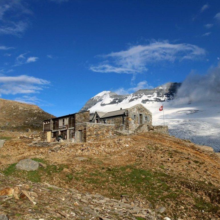 Cabane Monte-Leone (image: Suzanne Weber)